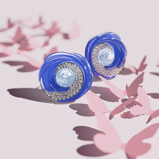 Photoreal 3D Model Of Ornate Earrings