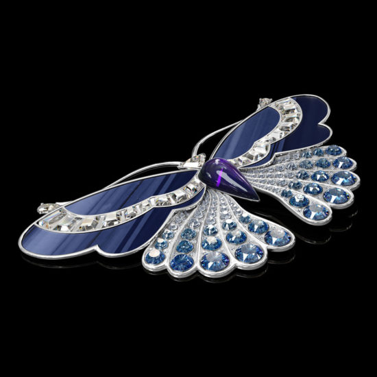 3D Visualization of an Elegant Butterfly Brooch with Diamonds