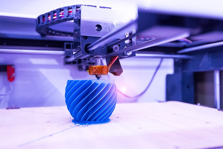 3D Printer Producing a Complex-Shaped Object
